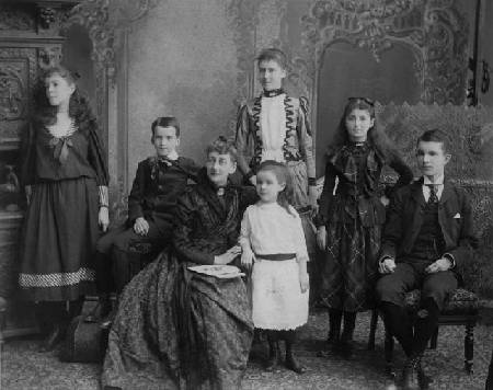 Mary and her 6 children (c.1889)